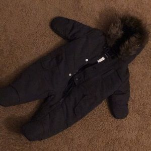 3-6mth snow suit Color: Gray